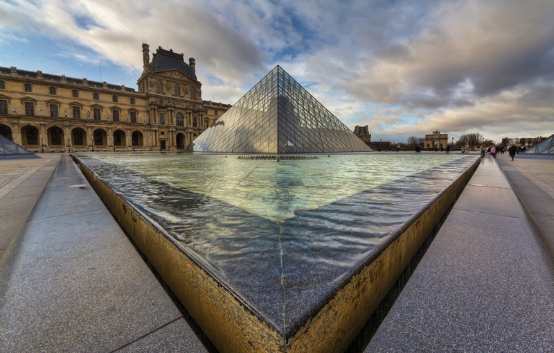 """The Louvre Pyramid<br /> Photo by Roman Betik from the blog <a href=""""http://www.StillGlimmers.com/"""">http://www.StillGlimmers.com/</a>"""