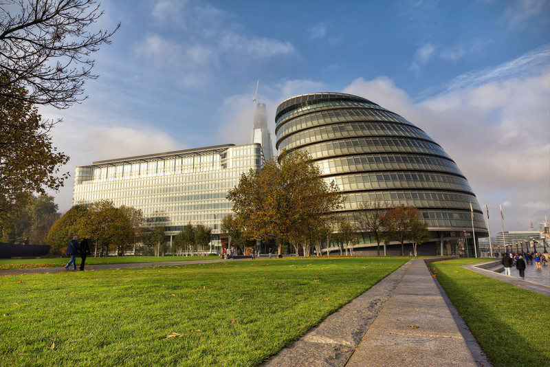 "London City Hall<br /> Photo by Roman Betik from the blog <a href=""http://www.StillGlimmers.com/"">http://www.StillGlimmers.com/</a>"