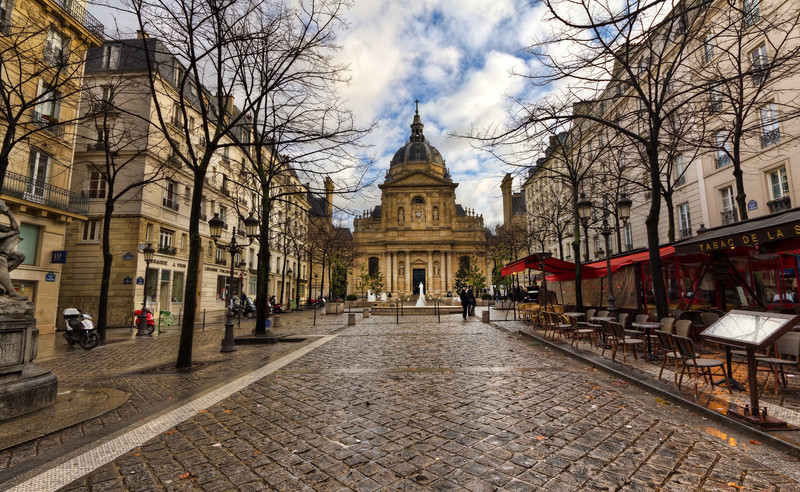 """La Sorbonne<br /> Photo by Roman Betik from the blog <a href=""""http://www.StillGlimmers.com/"""">http://www.StillGlimmers.com/</a>"""