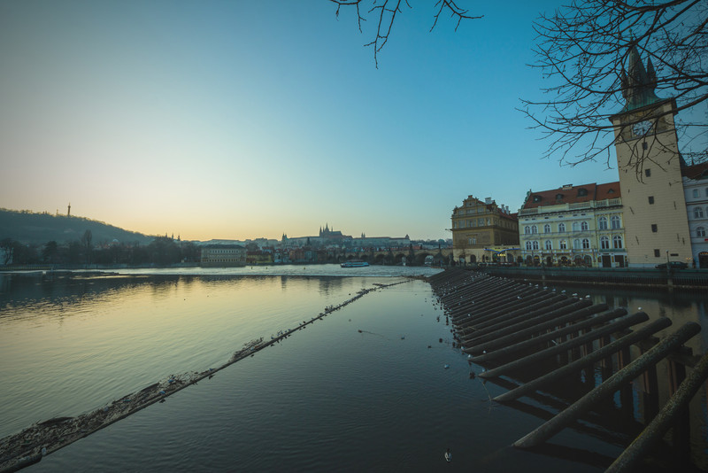"Misty Vltava<br /> Photo by Roman Betik from the blog <a href=""http://www.StillGlimmers.com/"">http://www.StillGlimmers.com/</a>"