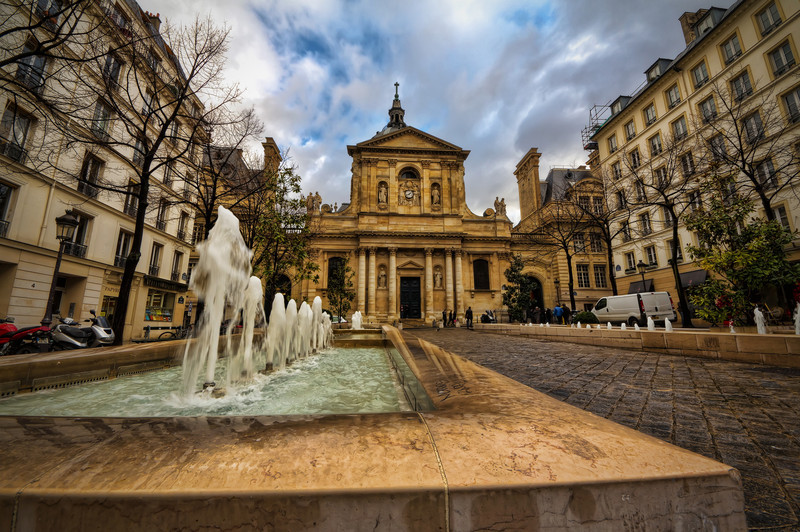 "La Sorbonne<br /> Photo by Roman Betik from the blog <a href=""http://www.StillGlimmers.com/"">http://www.StillGlimmers.com/</a>"