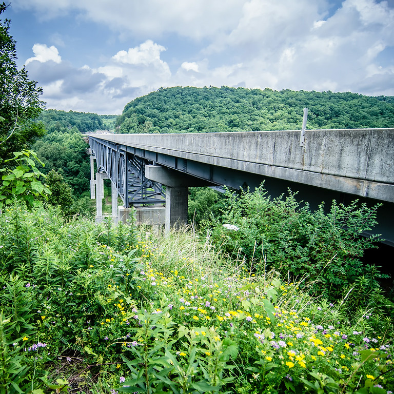 highway runs through mountains of west virginia