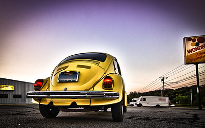 VW Bug at a Hostess/Wonder Bread Store