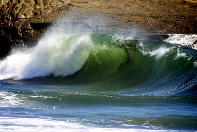 "Curling Wave at ""It's"" Beach in Santa Cruz California - © Simpson Brothers Photography"