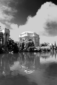 Palace of Fine Arts in San Francisco California - © Simpson Brothers Photography