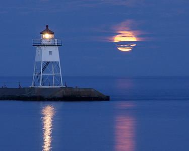 Moonrise over Grand Marais 001