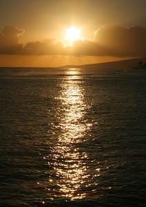 7615 Sun over Ocean