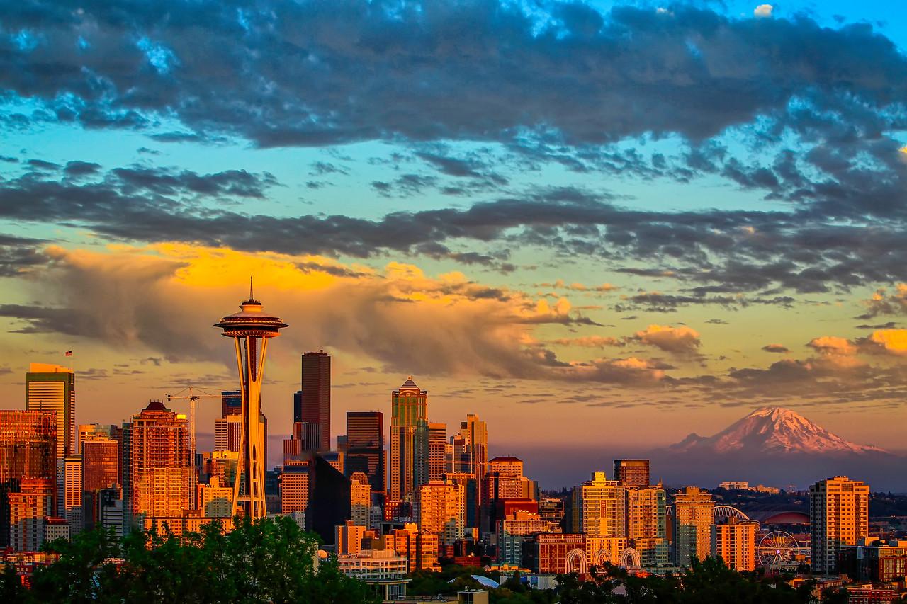 Seattle Skyline - Golden Hour