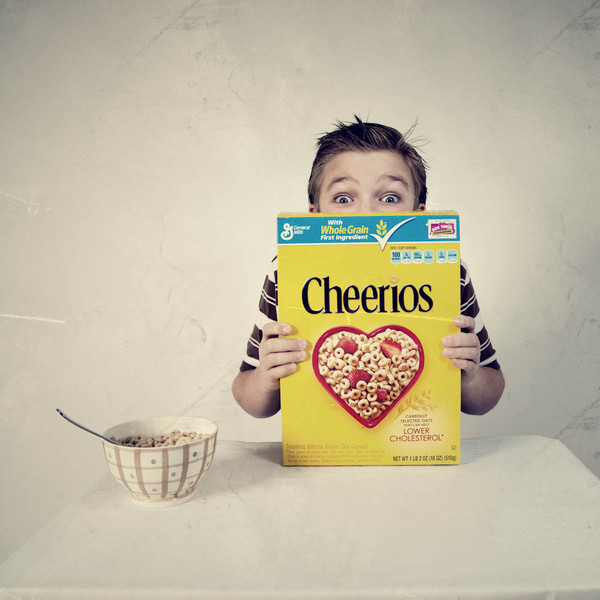 P52-43 Period Shot - Boy eating bowl of Cheerios