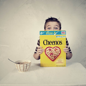 P52-43 Period Shot - Boy eating bowl of Cheerios