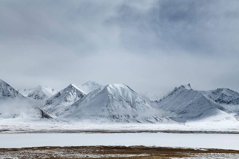 Frozen Chakmaktin Lake