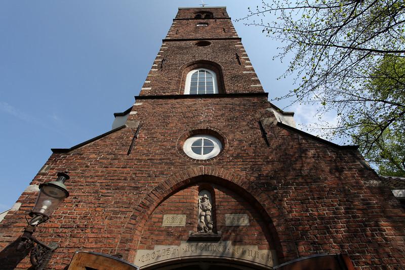 AMSTERDAM. BEGIJNHOF. ANGLICAN CHURCH.