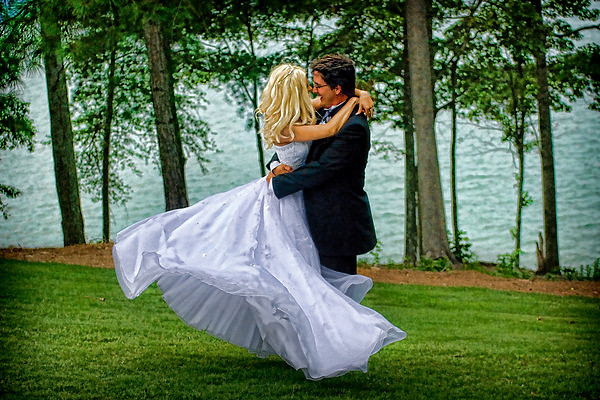 I WANT YOU TO BE MOVED BY YOUR WEDDING DAY PHOTOGRAPHS!