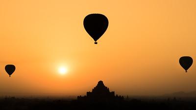 A ride back in time (Bagan, Myanmar)