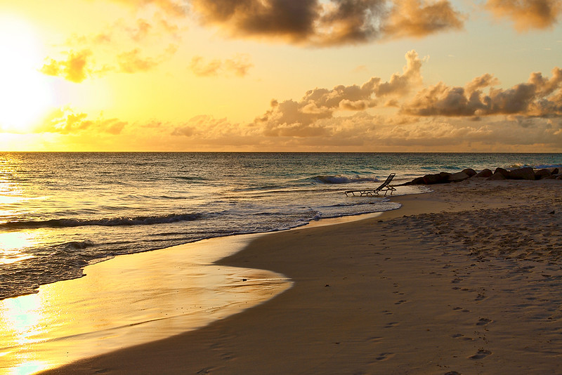 ...the sun goes down on another relaxing day at Casa del Mar, Aruba-2014
