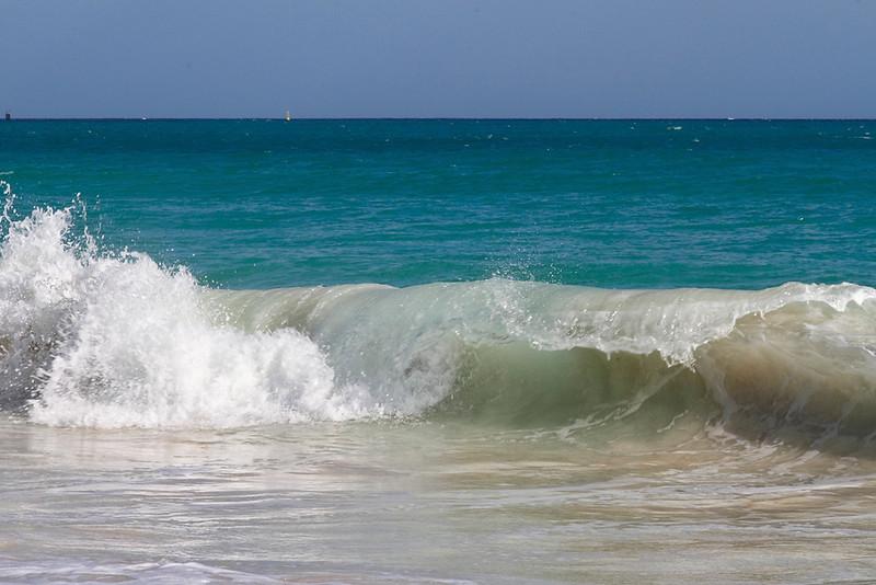 Rough surf chops up the beach at Casa del Mar, Aruba-2014