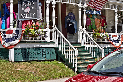 IMG#4484 July 23, 2011 - DAY 1 Colorful store fronts were plenty...sales too! Vermont