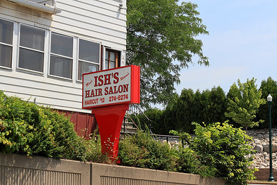 """IMG#4438 July 23, 2011 - Day 1 Not exactly what I picture in a """"New York"""" salon..."""