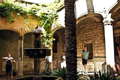 BBARCELONA, SPAIN-CITY TOUR 7/21/14...Fountain inside Cathedral de Santa Eulalia