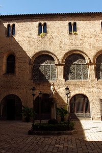 BARCELONA, SPAIN-CITY TOUR 7/21/14...CourtYard at Cathedral de Santa Eulalia