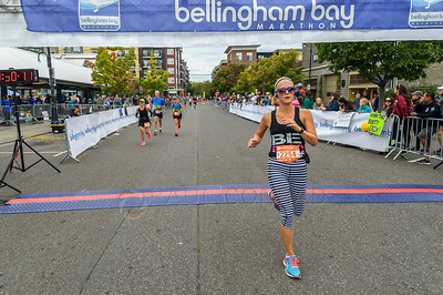 2017 Bellingham Bay Marathon - Kelsi Wilms Finishes