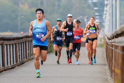 2017 Bellingham Bay Marathon - Lead Runners