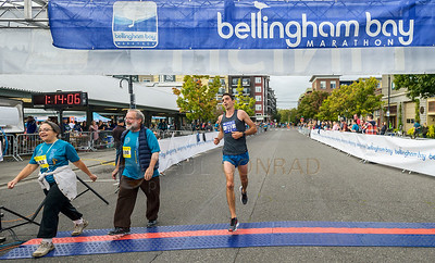 2017 Bellingham Bay Marathon - Jonathan Quimby Finishes