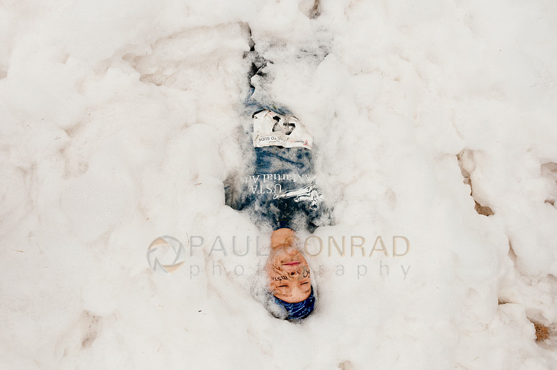 © Paul Conrad/The Bellingham Herald - Ty Warner, 9, of Ferndale, Wash., lies in foam at the Suds Box obstacle during the 3rd annual Mud to Suds race on Saturday morning August 16, 2014, at Hovander Park in Ferndale, Wash. Nearly 2000 people ran the 2.5 mile course negotiating 22 obstacles including mud-filled pits, hay bales, and a soap foam tunnel. The event raised funds for the Girls Scouts of Western Washington.