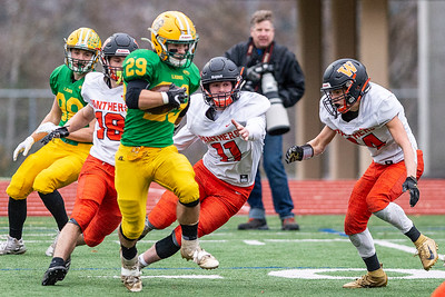 Lynden defeats Washougal 29 to 26 -  0212