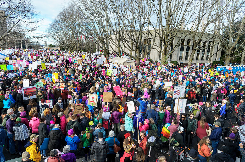 Crowded Streets - Thousands of marchers pack in front of Bellingham City Hall in preparation for the Women's March on Bellingham. (© Paul Conrad/The Bellingham Herald)