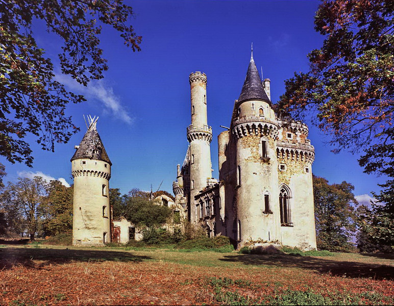 Chateau Bel Air<br /> Taken on a Cambo 5 x 4 Plate camera using a Yashinon lens from a Polaroid camera.<br /> The Image is from a transparency on Fuji Velvia 50. Sharpness is actually impeccable.