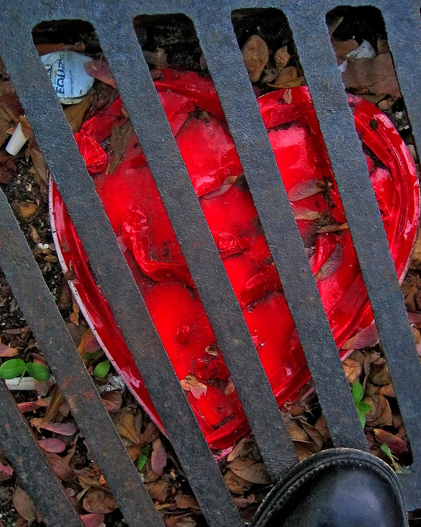 Grate Heart - Washington D.C.  --- http://globalvillagestudio.com/abstracts.html Kentucky Photography, John Lynner Peterson, Lexington