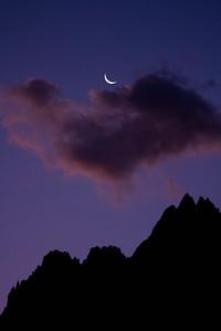 Crescent Moon, Cloud Mountain
