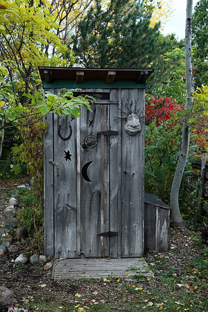 Keppel Croft Gardens cool outhouse