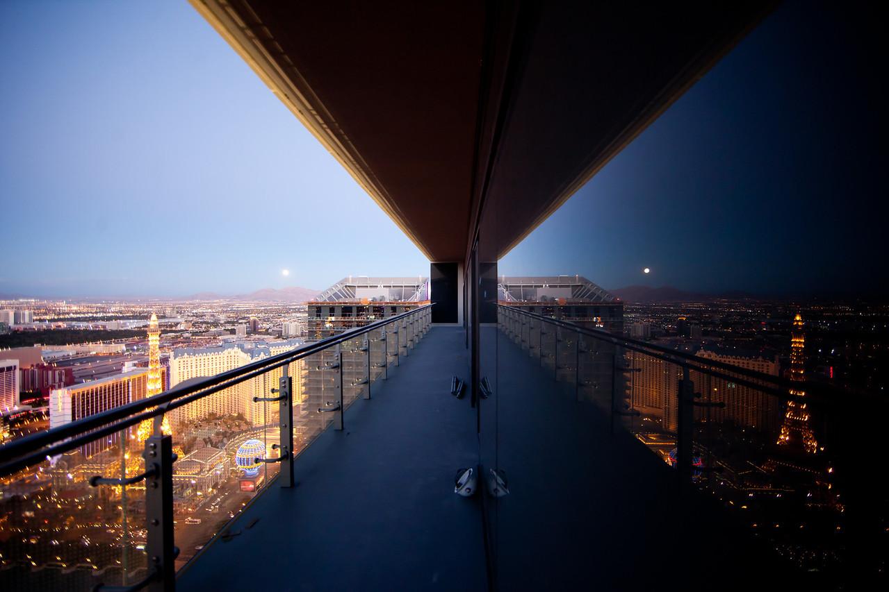 Moonrise Over Vegas