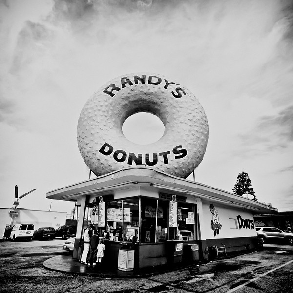Randy's Donuts, Plate 6