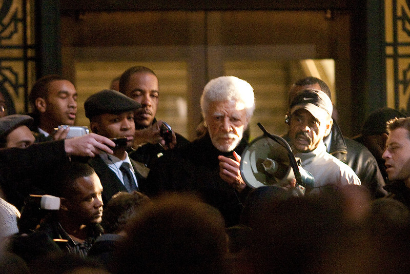 Oakland Mayor Ron Dellums Tries to Calm the Crowd, Oakland Riots