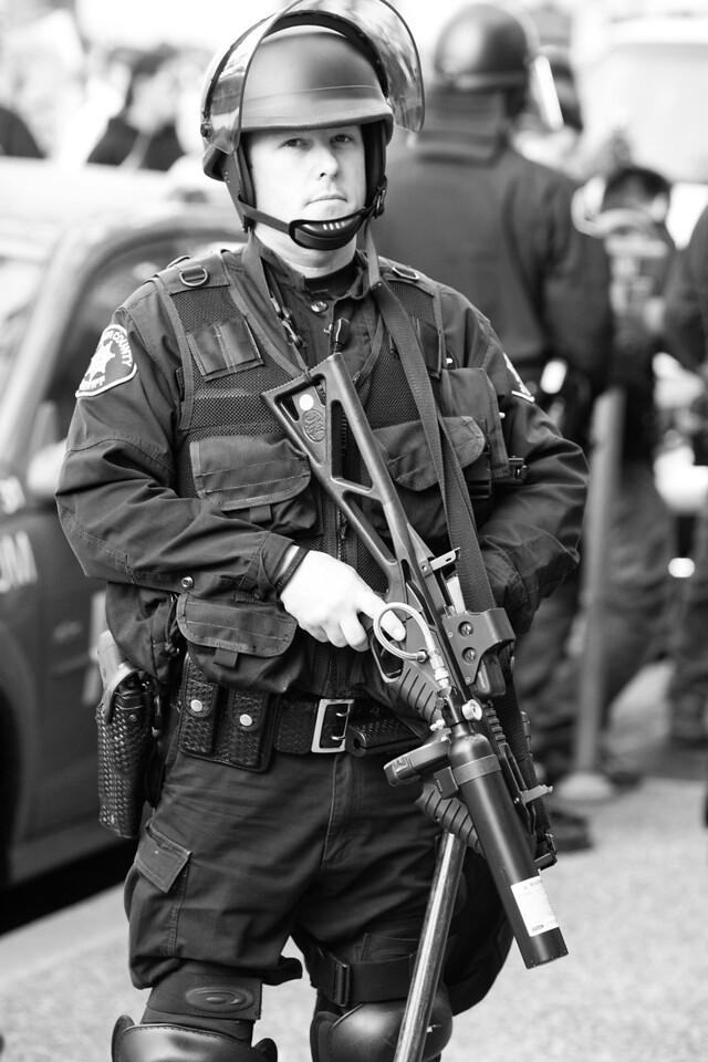Riot Cop, Oakland Riots 2010