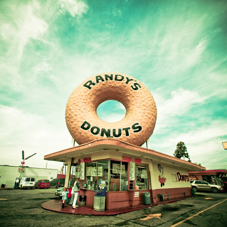 Randy's Donuts, Plate 4