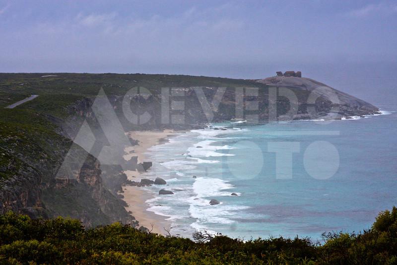 KI 20111014 021 Scenery to Remarkable Rocks M