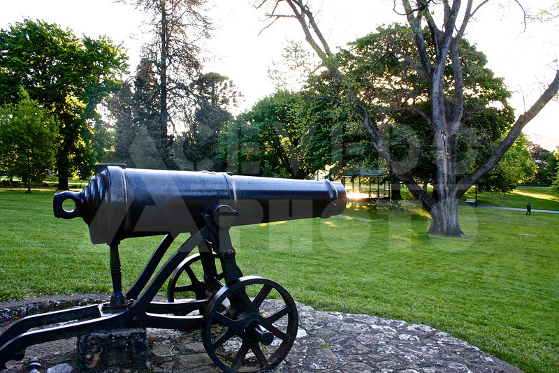 Launceston 20111023 082 City Park - Cannon M