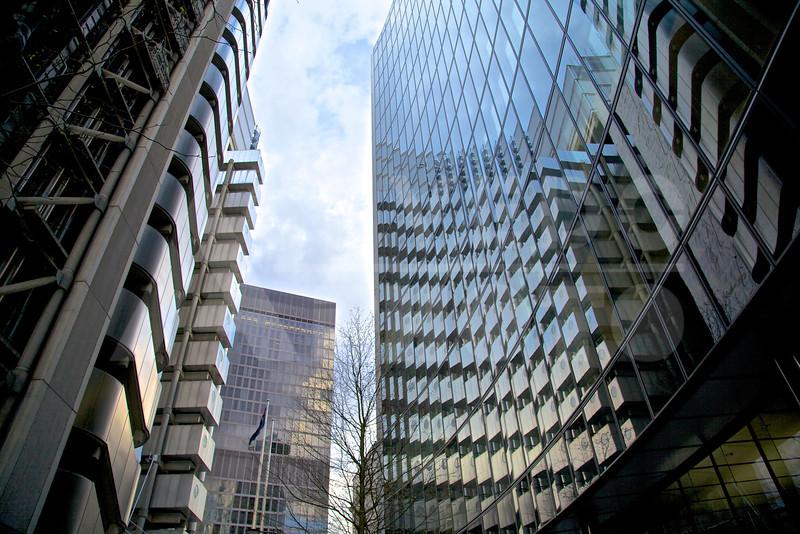 London 20120411 201 Architecture - Willis Tower London MR