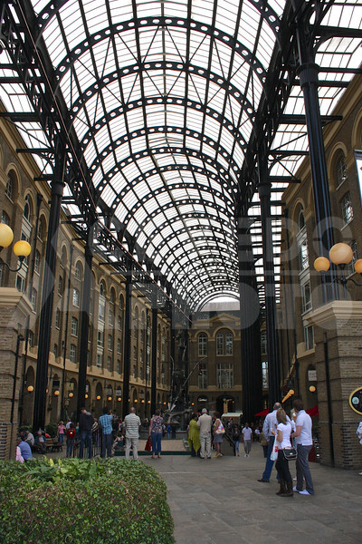 London 20090717 266 Hays Galleria M