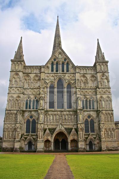 London 20110211 051 Salisbury Cathedral M