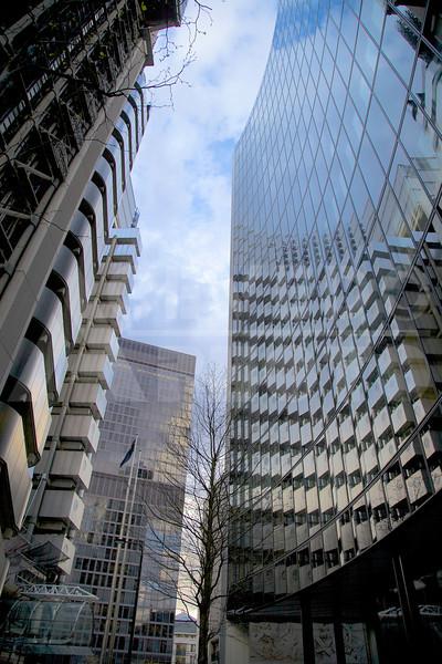 London 20120411 202 Architecture - Willis Tower London MR