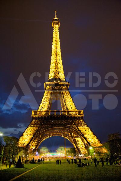 Paris 20120413 128 Architecture - Eiffel Tower - Night Mr