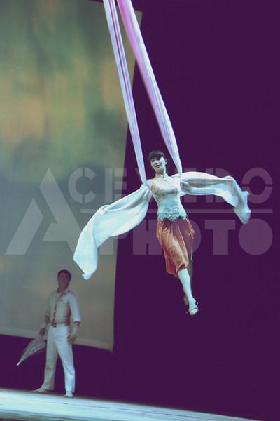 Shanghai 20130304 762 Acrobatic Show M