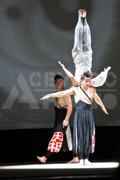 Shanghai 20130304 332 Acrobatic Show M