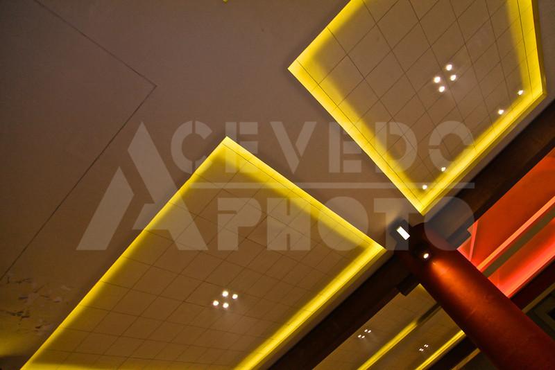 Shanghai 20130304 326 Acrobatic Show M