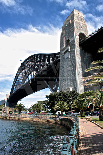 Sydney 20111009 019 Harbour Bridge Milson's Point M